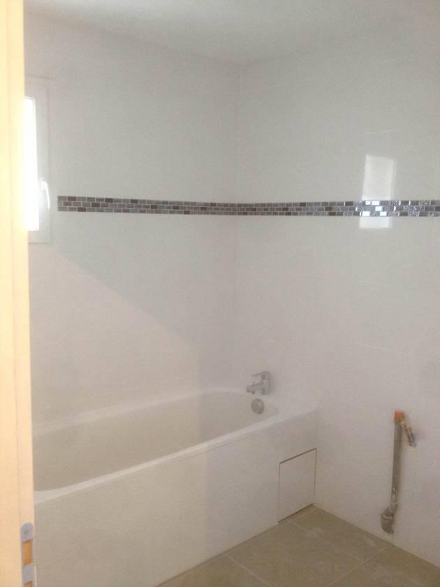 frise salle de bain autocollante. Black Bedroom Furniture Sets. Home Design Ideas