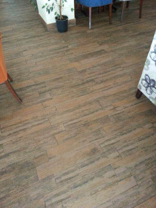 Entreprise pehlivan pose de carrelage sol et mur for Pose carrelage sur bois